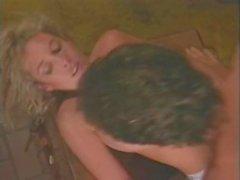 Victorian Pariisiin Tianna Chessie Mooren klassisella porno sivusto