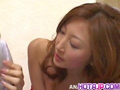 Chihiro a Hara dispone vagina alla pecorina