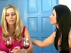 India Summer y Anita Dark Hot Lesbianas maduras