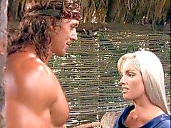 Alba de Eason atractiva en el de Conan , El cerco Ahl Sohn -Bar