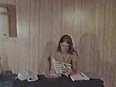 Peepshow Loops 321 1970s - Scene 2