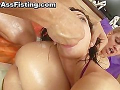 Blonde slut gets her tight pussy fisted part4