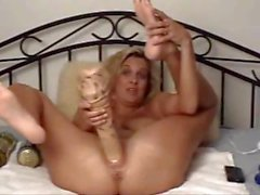 Samantha Webcam Insertion With Bottle