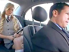 Aluna fraudes americanos seu namorado com um russo