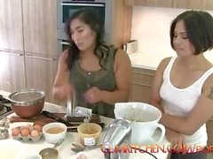 CUMKITCHEN: Milcah & Cookies with Mia Li
