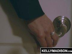 KELLY MADISON Högt Pris Call Girl Valentina tar kondomen Off