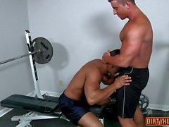 Muscle Homosexuell Oralsex und Cumshot Spielfilm 1