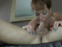 Amazing MILF provides 69 blowjob to first class
