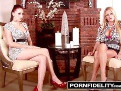 PORNFIDELITY - Gianna et Kelly partagent leur secret gardé par les seins