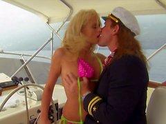 Al mar con el Big mamá herrerillo Stormy Daniels