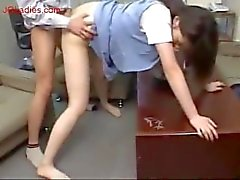 Japanese maglia blu signora ufficio ottenere la figa scopata dal suo comanda nel
