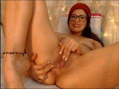 latinas feet show