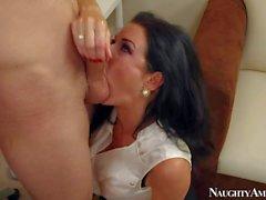 Busty MILF Veronica Avluv pleasures Danny Wilde