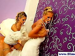 Gloryhole lesbians getting bukkake together