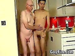Asiatische Boy ficken Opa