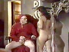 Retros Chorreo De Leche oral con la monja
