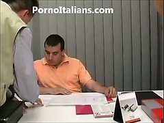 La ragazza fa pompino al colloquio di lavoro porno italiano - The girl does blowjob at job interview porn Italian -