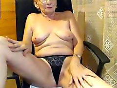 abuela super- erótica y divina