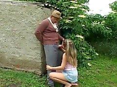 Nasty Old Man Azgın teen Outdoor Sex sahip