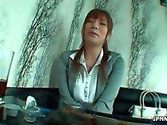 sexy Asya bir ofis çalışanı milf