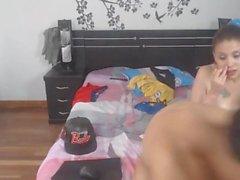 Kolombiyalı Genç Babe Her iki Holes On Siktir alır