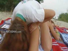 Two lesbian teenies from italia