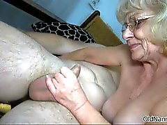Nasty mature slut gets horny jerking part2