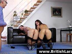 FFM trio para a British maduras em meias e saltos altos