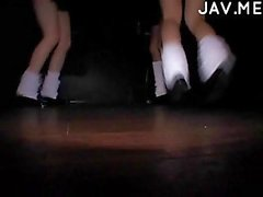 Teen girls hot dancing