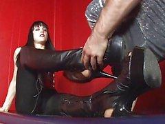 Zu reinigen diese Schuhe im Augenblick !