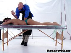 Bigtitted massage client Capri Cavanni fucked