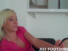 I will give you the footjob you have been dreaming about