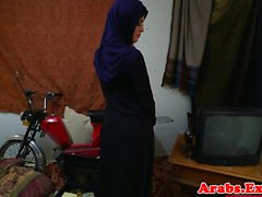 Chokeplay arab amateur doggystyle fuck
