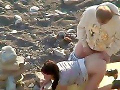 Geil Amateur auf den Strand heimlich gefilmt