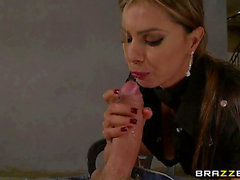 Vídeos Pornográficos HD de Esperanza Gomez reiten großen schlong