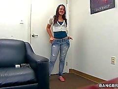 Newbie Izzy Ryder strips after interview
