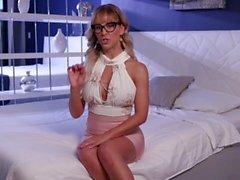 PornHub Games Featurettes - S01E03: Lily Lane & Cherie DeVille does J.O.I