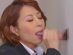 Secretários japoneses sugam por esperma (destaques)