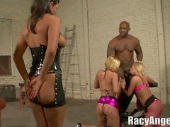 Slutty et Sluttier Francesca Le, Isis Taylor, Mason Moore, Krissy Lynn, Charley Chase