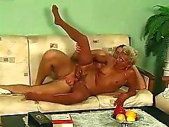 Gözlük ve çorap Fucks Blonde Büyükanne