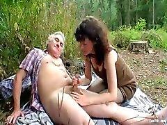 Outdoor Casal de Meia Idade Sexo