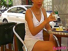 Jolie étudiante czech pas de culotte