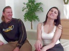 Koca Yabancıyla Karısı paylaşır