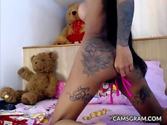 Hot Sexy Tattooed Skinny Big Dildo Anal Cam