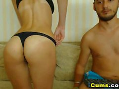 Sexy Amateur Babe Gets Fucked on Cam