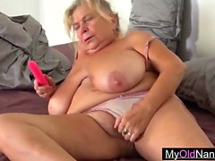 Old nanny wants my pussy