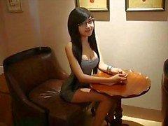 Hot Valerie Lee