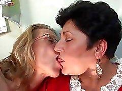 Fun Movies Geile Großmutter Lesbians