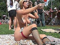 I pulcini selvaggio divertirsi come sluts