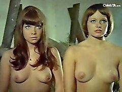 Andrea Rau and Barbara Capell in Die liebestollen Baronessen